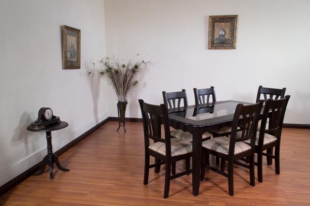 Guatemala muebles primiun productos comedores muebles for Sillas comedor madrid